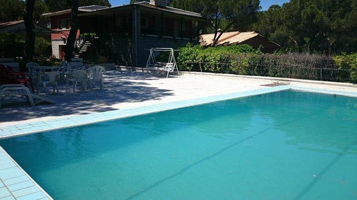 casa-rural-piscina-2