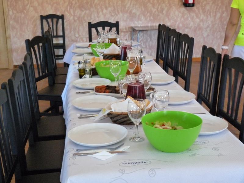 restaurante-2-Almoroxball-multiaventura
